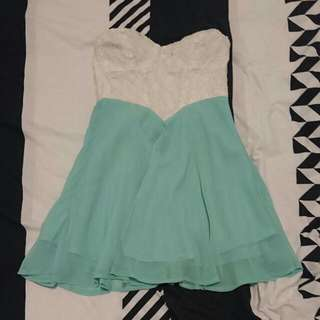 Size 8 Showpo Chiffon Sleeveless Dress