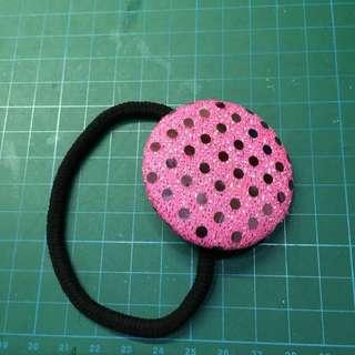 粉色圓點點髮圈