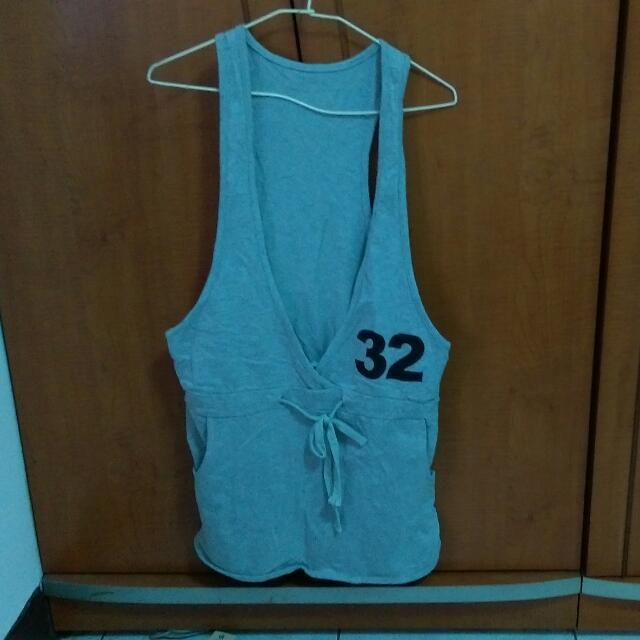 灰色32吊帶裙
