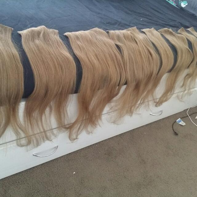 8 Set Clip In Hair Extensions