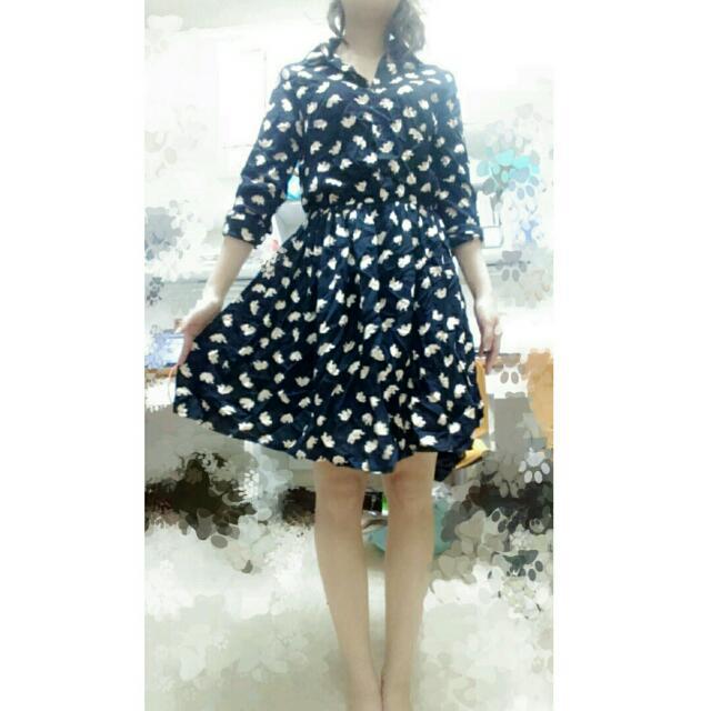 (含運)韓版印花扣排收腰連身洋裝