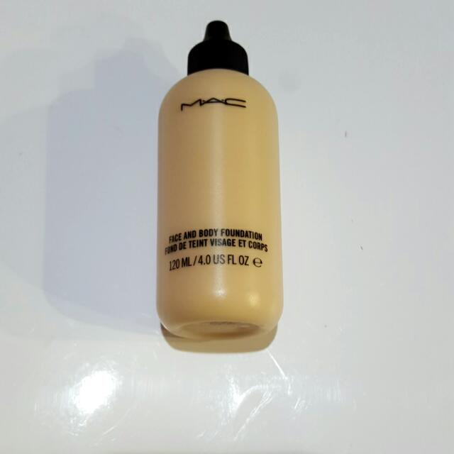 MAC Face and Body Foundation C3 120ml