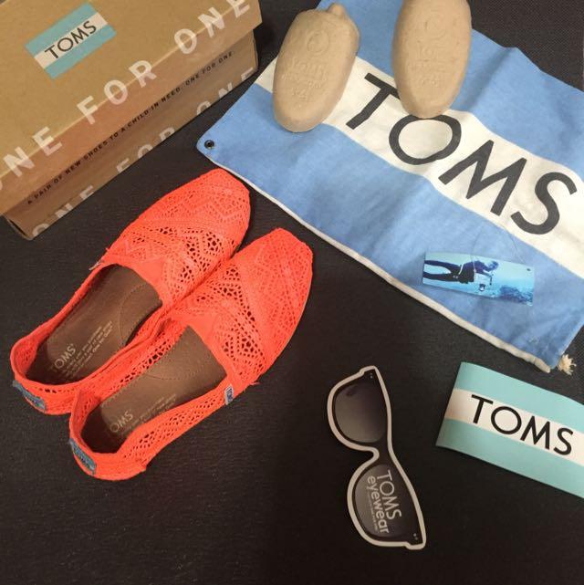 Toms 橘色蕾絲