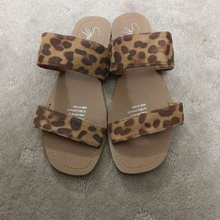 Spurr Leopard Sandals / Flats