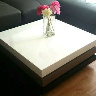 (Reserved) Stylish 3 Tier Rotatable coffee Table