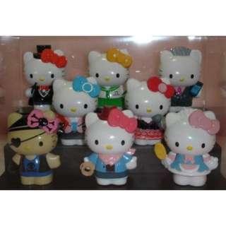 7-11 Hello Kitty 角色扮演公仔 完整8隻一套 免運費!!!