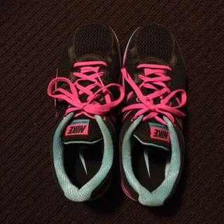 Nike Dual Fusion Running Shoes Black Pink & Blue