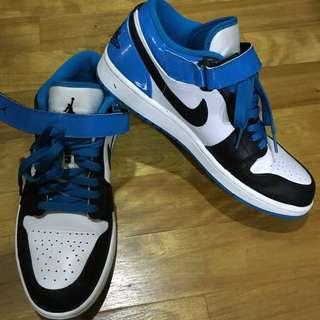 Air Jordan 北卡藍配色