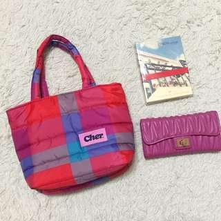 Cher 彩色格紋太空棉空氣感膨膨手提小包