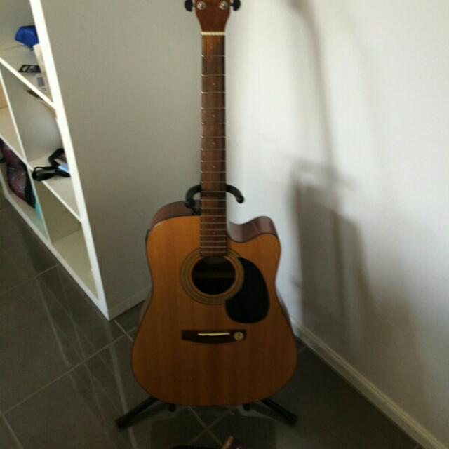 Cort Electric Acoustic Guitar with Fishman Pickup System