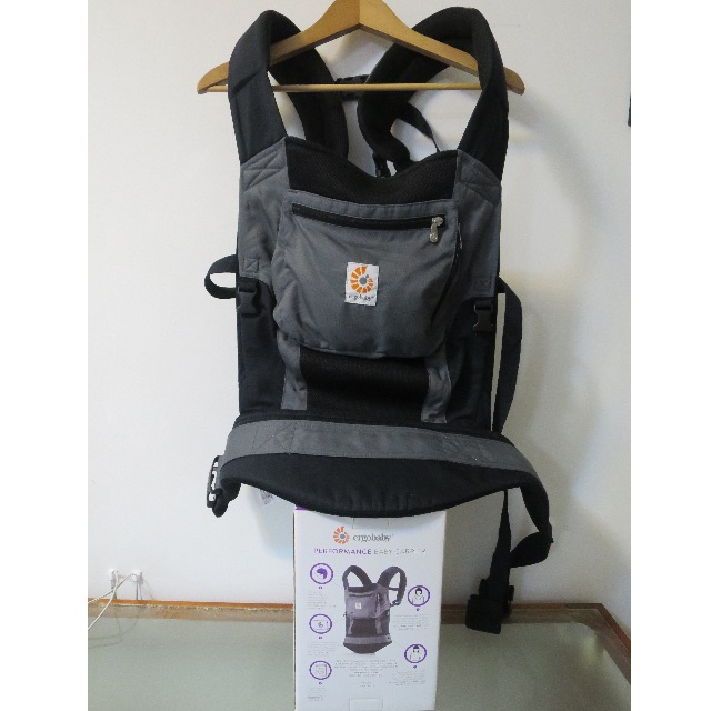 0405a0826d1 ERGObaby Performance Baby Carrier - charcoal black