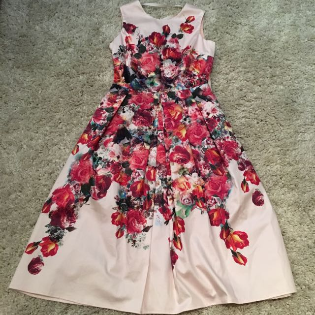 Floral Dress With Ribbon Back Detail