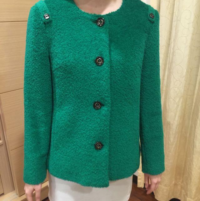 全新。KERAIA 草綠毛料外套