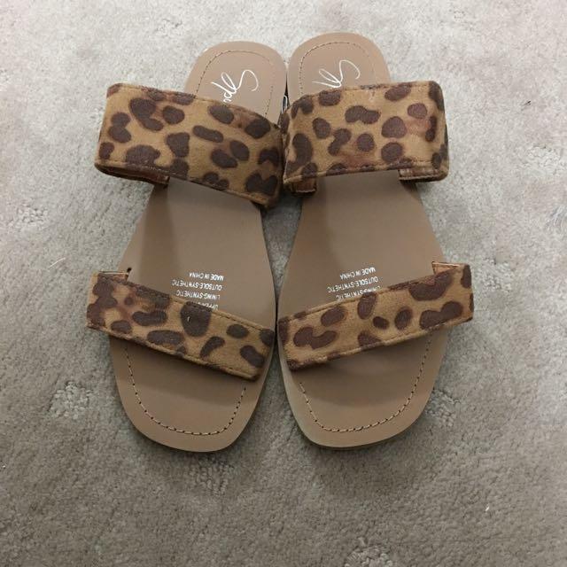 Spurr Leopard Sandals / Flats