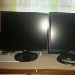 "19"" LCD monitors to clear"