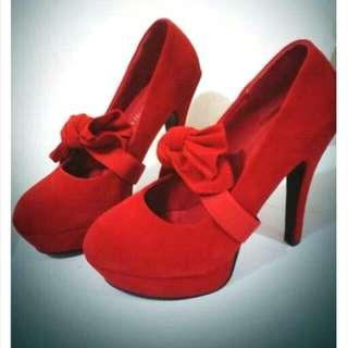 可愛蝴蝶結紅色高跟鞋