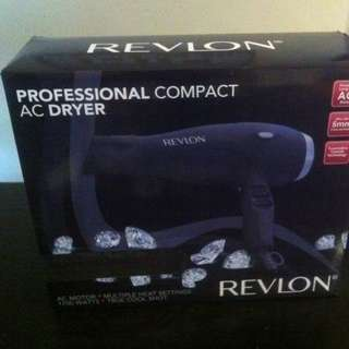 Revlon Professional Hairdyer