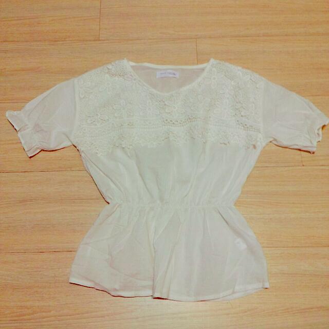 雕花全白蕾絲縮腰短袖上衣