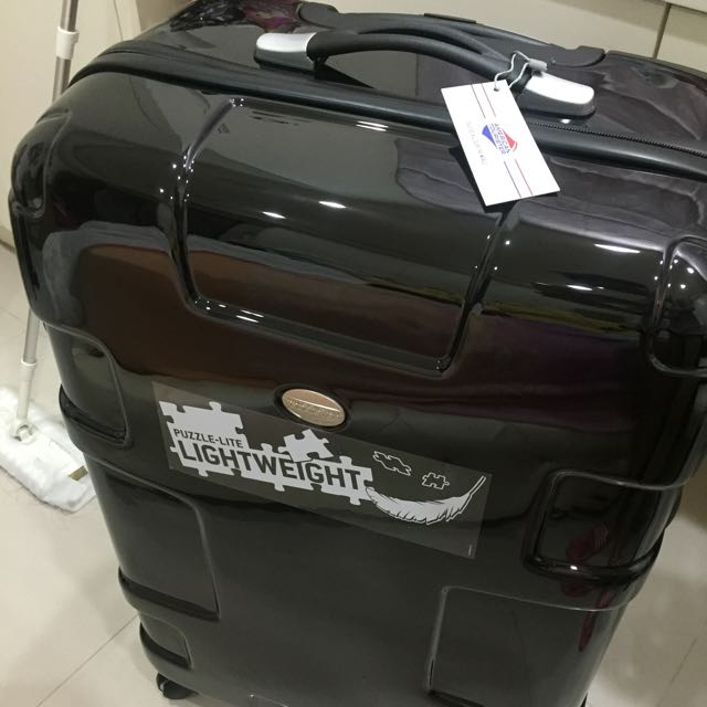 American Tourister 29吋行李箱