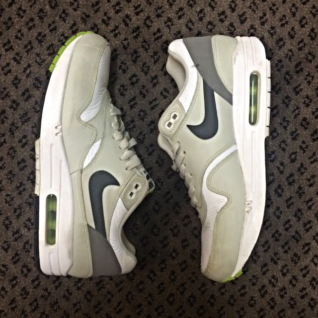 Nike Air Max Size 7 US Unisex Size