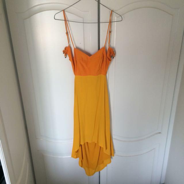 Tigerlily Size 6 Dress