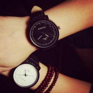 韓版磨砂手錶(黑白各一)