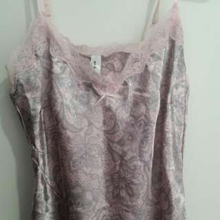Pretty Sleepwear Camisole Nightgown Pink And Grey Paisley Print Satin And Lace - SIZE 10