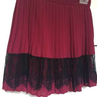 Red Pleated Mini Skirt With Lace