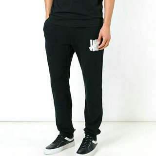 Undefeated Jogger Pants(Black)
