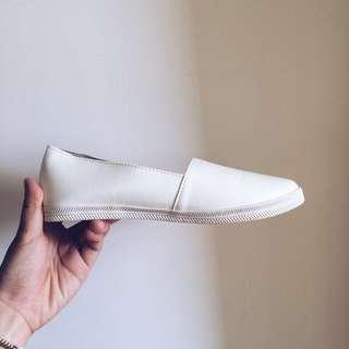 小白鞋全新