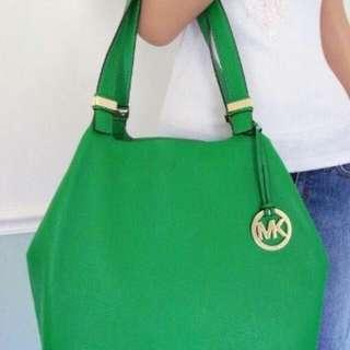 👆🏽Michael Kors colgate large grab bag