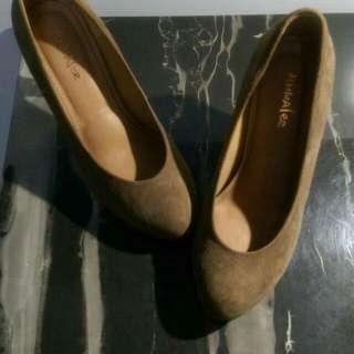 女鞋22.5