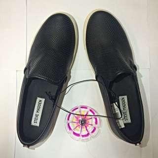(PENDING) Steve Madden Black Leather Shoes (Size:8)