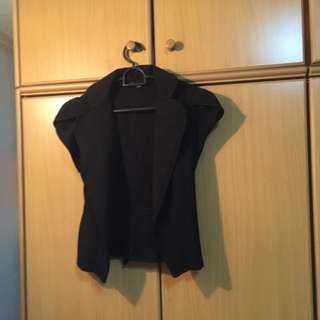 Short-sleeved Black Blazer
