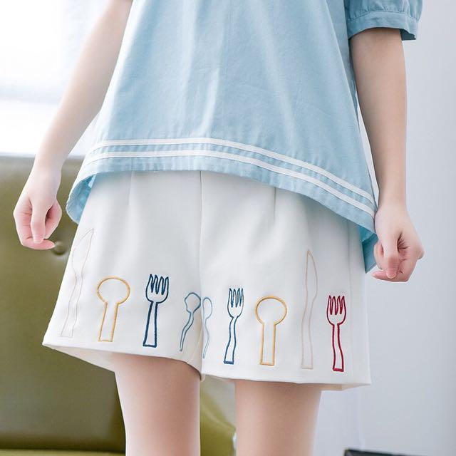 日系♥日單森林系餐具刀叉刺繡百搭休閒短褲