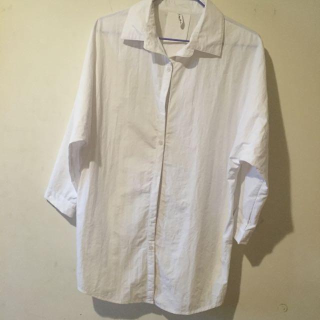素白色長版襯衫