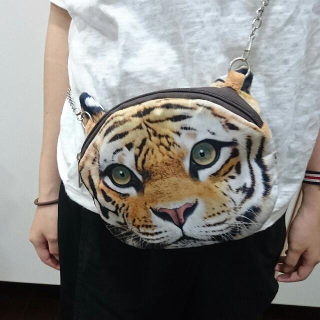 老虎側背包