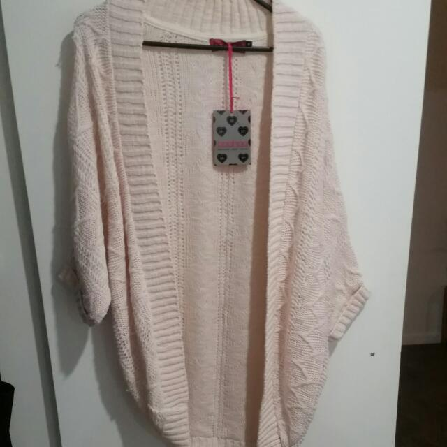 Brand New Boohoo Soft Pink Thick Knit Cardigan - SIZE MEDIUM