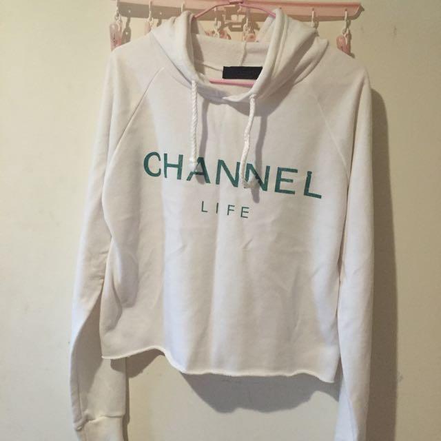 Channel白色短版帽t
