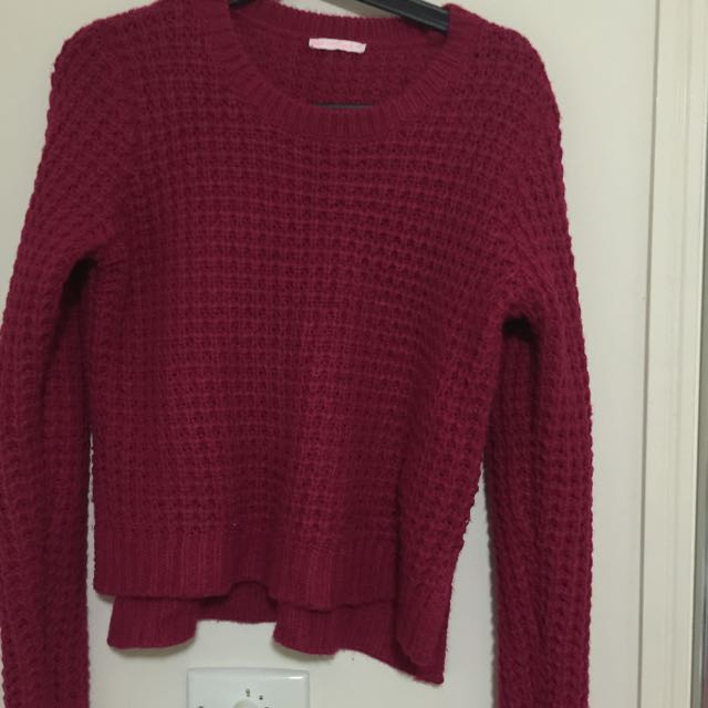 Knitted Long Sleeves With Long Back Style