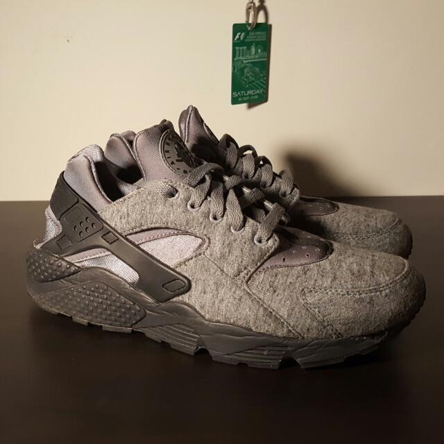 brand new 0003d eb086 Nike Air Huarache TP Tech Fleece, Sports on Carousell