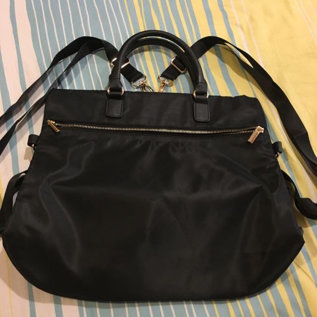全新Shu Uemura黑質感後背包