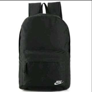 全新正品 特價 ‼️ Nike 後背包