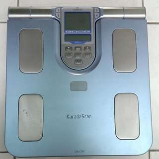 OMRON歐姆龍-體重體脂器HBF-371型