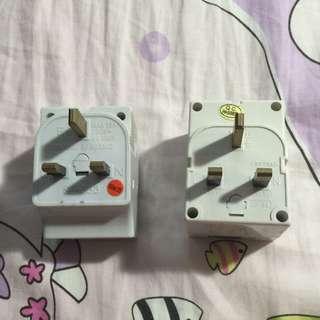 Adaptor with power indicator