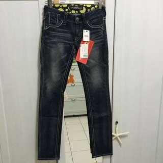 Levi's 顯瘦直筒牛仔褲