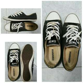 Converse Shoes Size 9