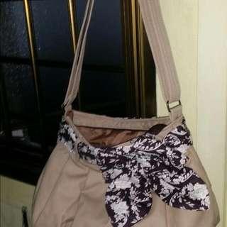 Sling Bag Naraya