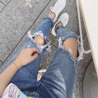 《Weli》👗單寧系列👖破洞BF高腰九分牛仔褲〈預〉藍