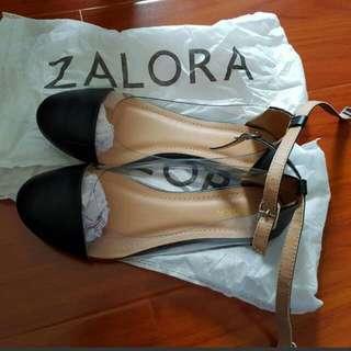 Zalora Flats Size 6